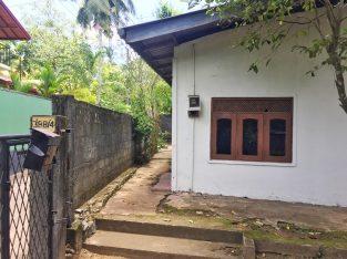 10Perches House for sale in Thalawathugoda