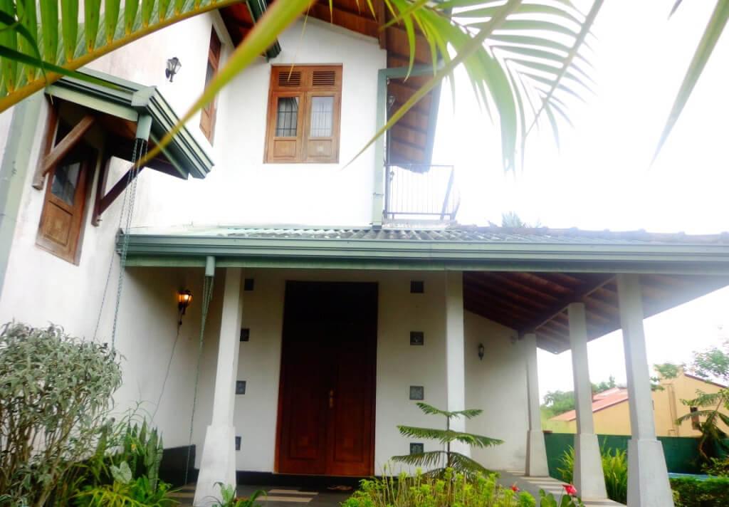 Two Storied house for sale at Kottawa, Mattegoda – Real